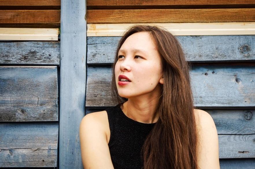 Naomi Woo, piano